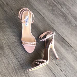 Steve Madden: blush-colored Stappy stilettos